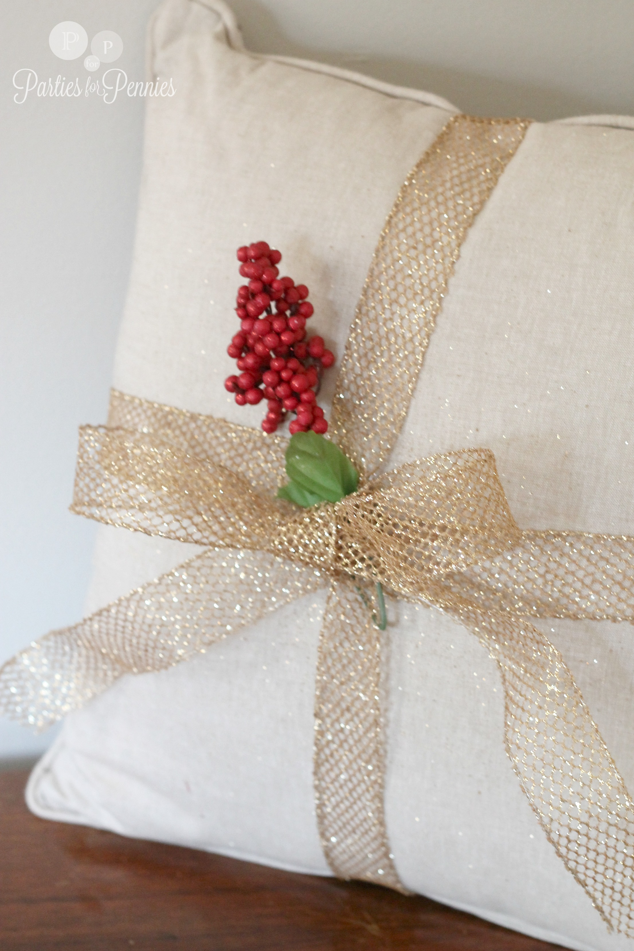 Christmas Throw Pillows Holiday Rumah Minimalis