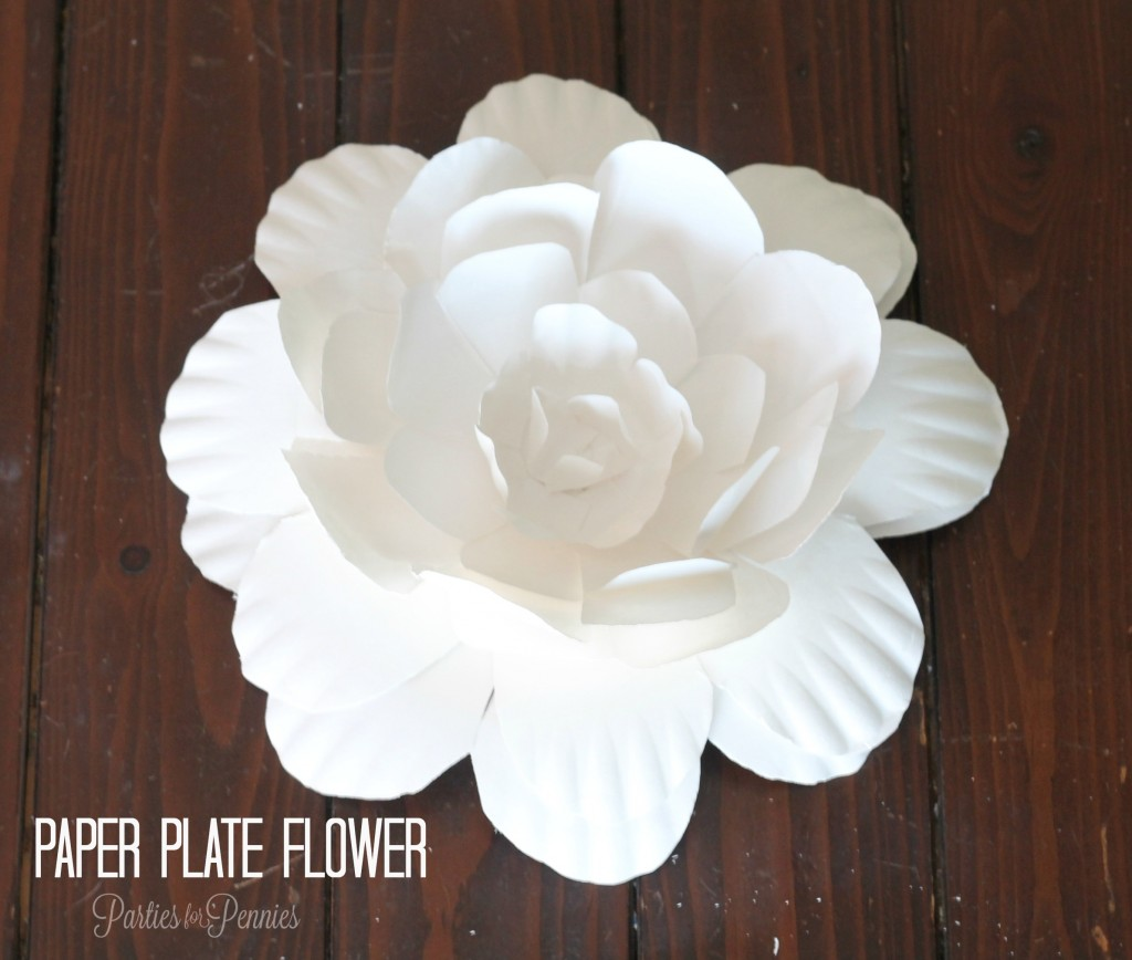 Paper Plate Flower by PartiesforPennies.com #papercrafts #party #crafts #Paperflowers #flower