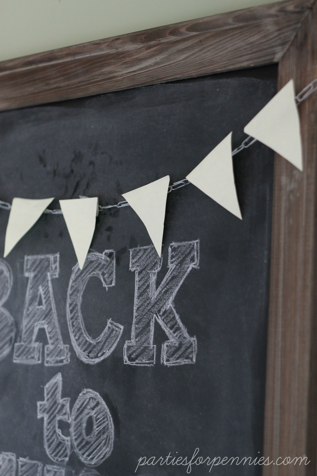 Back to School Party - post-it note bunting by PartiesforPennies.com