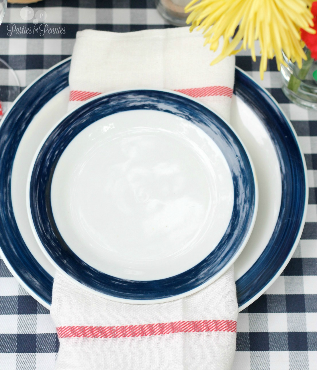 Labor Day Party by PartiesforPennies.com - place setting