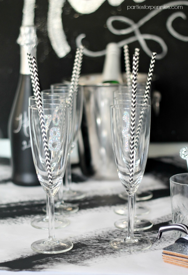 New Years Eve Party - Champagne Glasses by PartiesforPennies.com