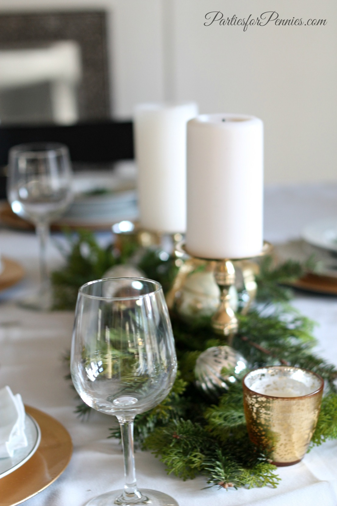 Wintry Tablesetting by PartiesforPennies.com 2