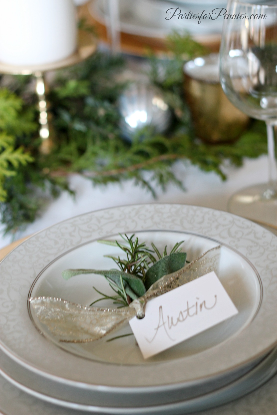 Wintry Tablesetting by PartiesforPennies.com 3