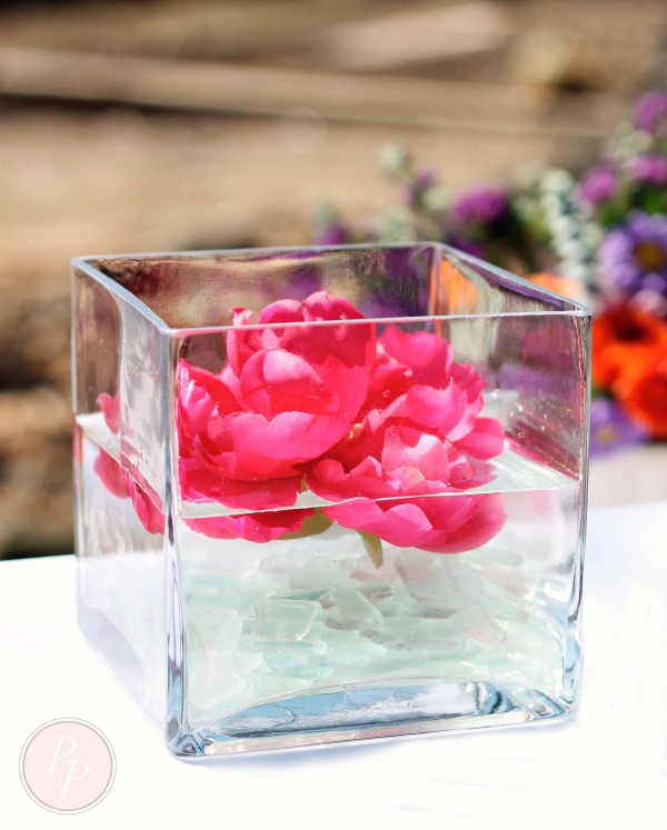 budget friendly floral centerpiece -seaglass