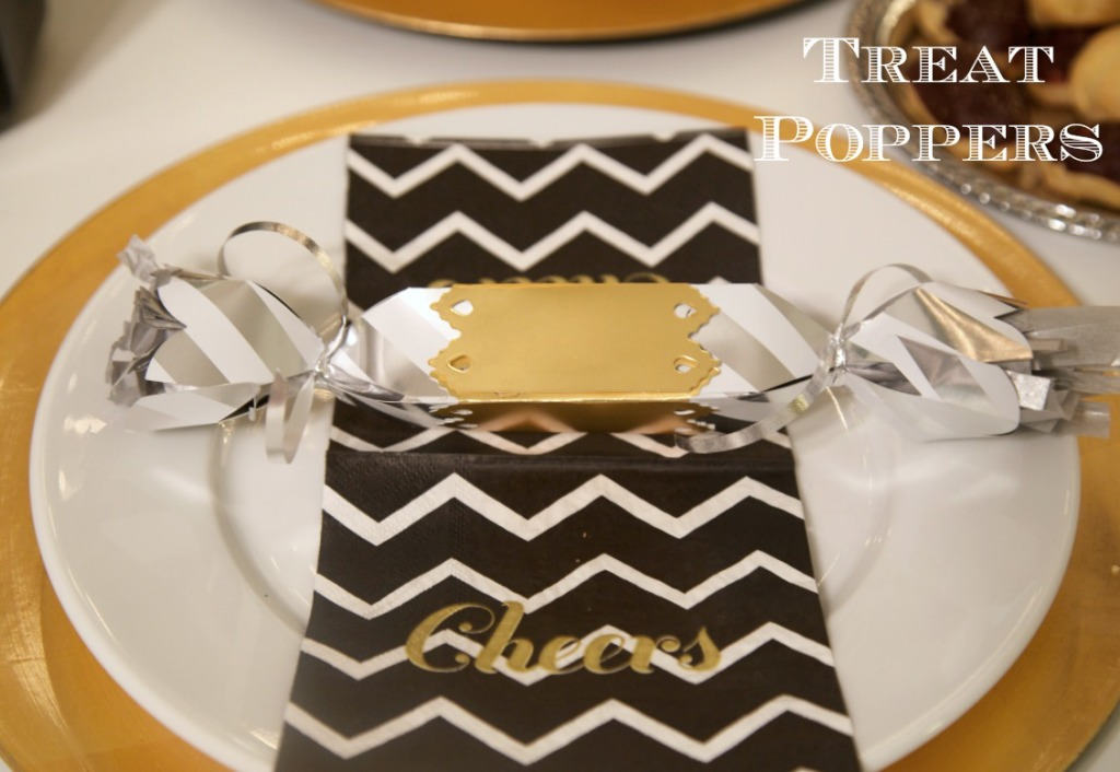 New Years Eve Party Ideas | PartiesforPennies.com | #nye #newyears #party