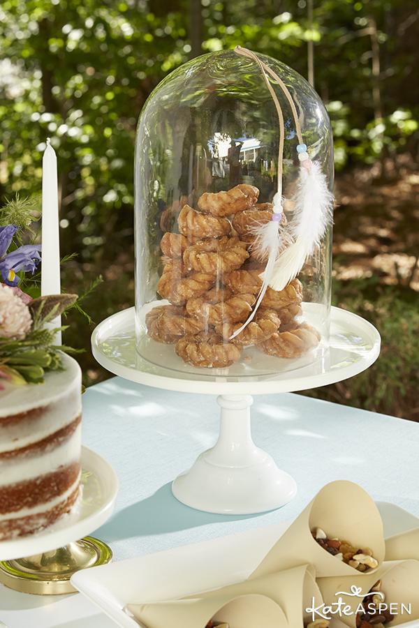 Donuts-on-Dessert-Table-Bohemian-Wedding-Kate-Aspen