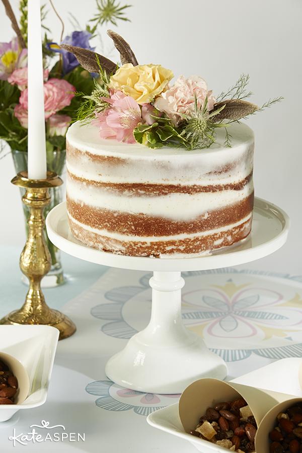Naked-Boho-Inspired-Cake-Kate-Aspen