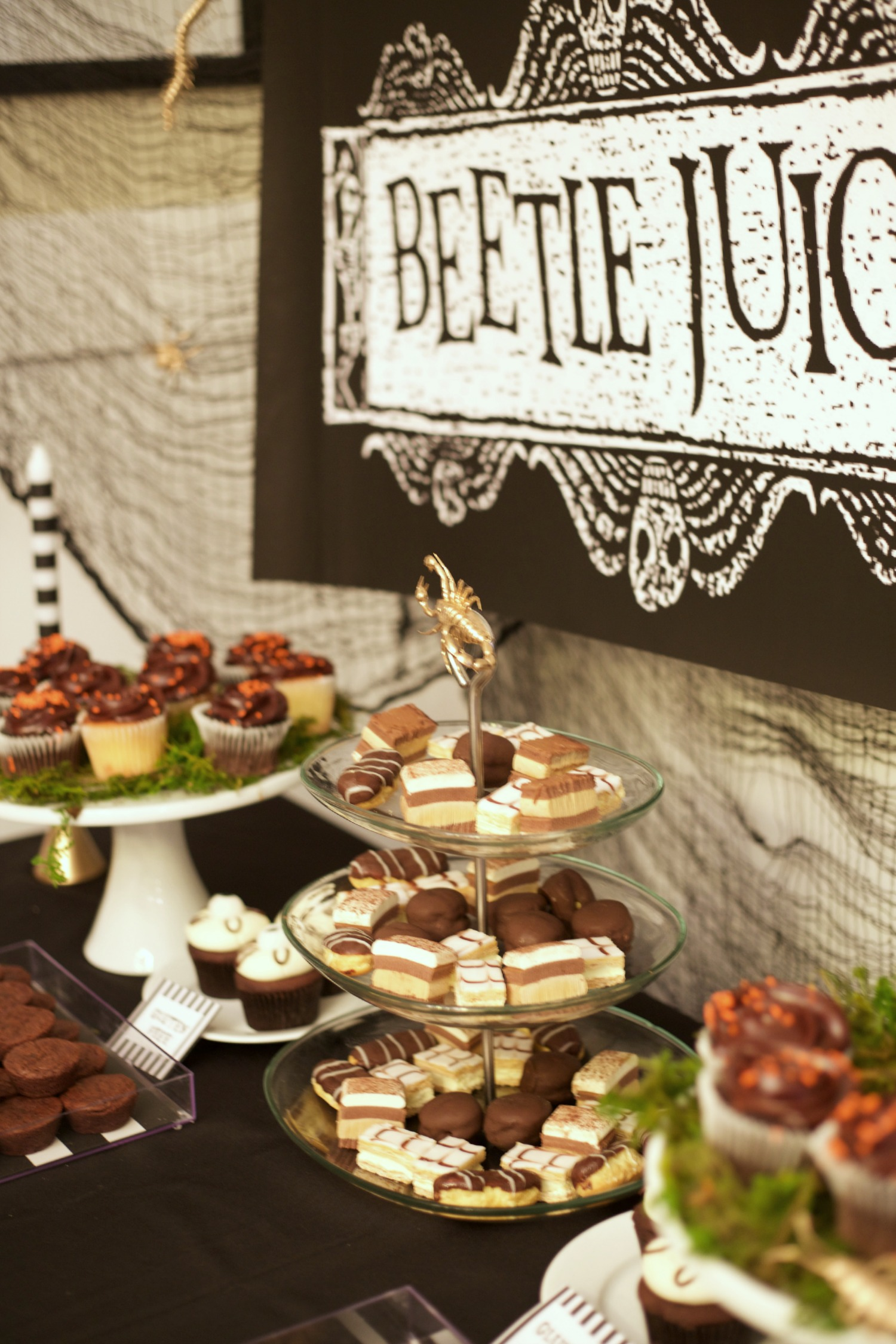 Beetlejuice Halloween Party | PartiesforPennies.com |  Dessert Table