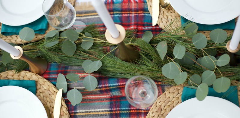 Holiday Tablescape How-To Feature
