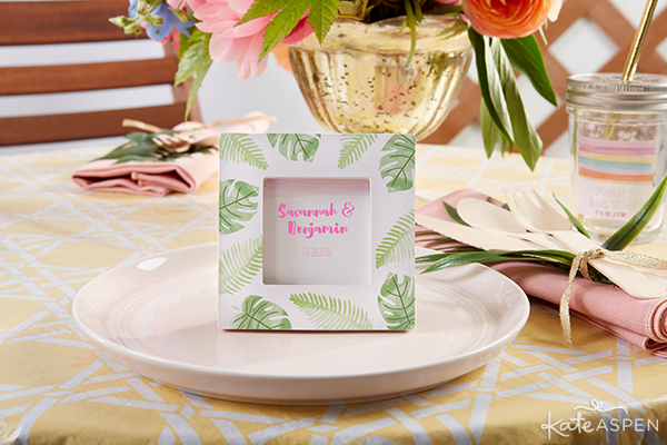 Everything you need to throw a Palm Spring Inspired Bridal Shower! Check out this Pineapple and Palms Bridal Shower with Kate Aspen on PartiesforPennies.com | Palm Frame