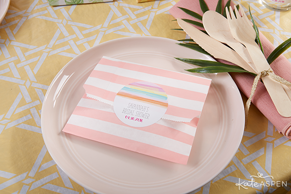 Everything you need to throw a Palm Spring Inspired Bridal Shower! Check out this Pineapple and Palms Bridal Shower with Kate Aspen on PartiesforPennies.com | Treat Bag