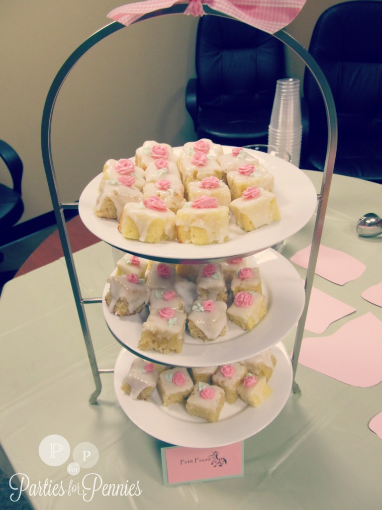 50 Ideas for Planning a Baby Shower | PartiesforPennies.com | Baby Shower at Work