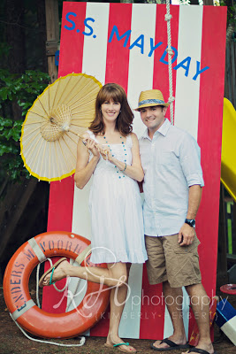 How to Throw a Low Country Boil Party by PartiesforPennies.com | summer, backyard party, birthday party idea, crawfish boil, invitations