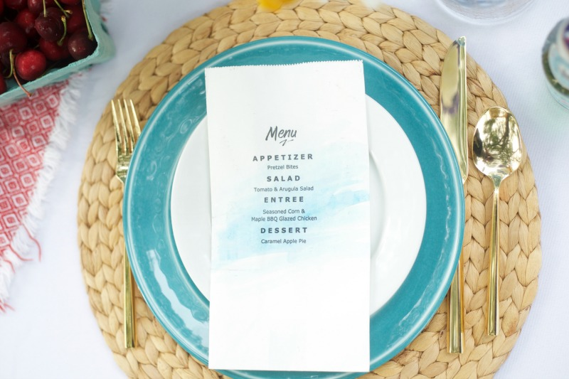 Printable Paper Bag Menu by PartiesforPennies.com | Dinner Party, Outdoor Dining, Outdoor Party, Entertaining, Wedding, Table Setting