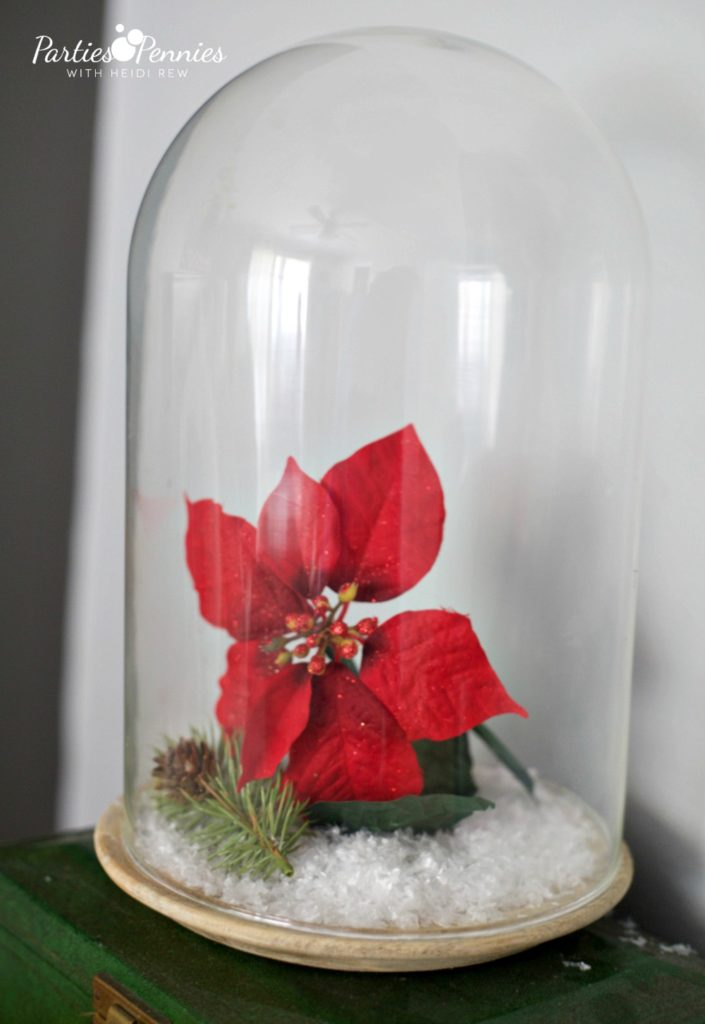 Christmas Home Tour by PartiesforPennies.com | Red, Green, Plaid, Christmas Decorations, Poinsettia
