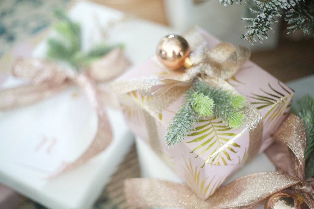Rose Gold Wrapping Paper   Christmas Presents   Wrapping paper idea   How to Wrap a Present
