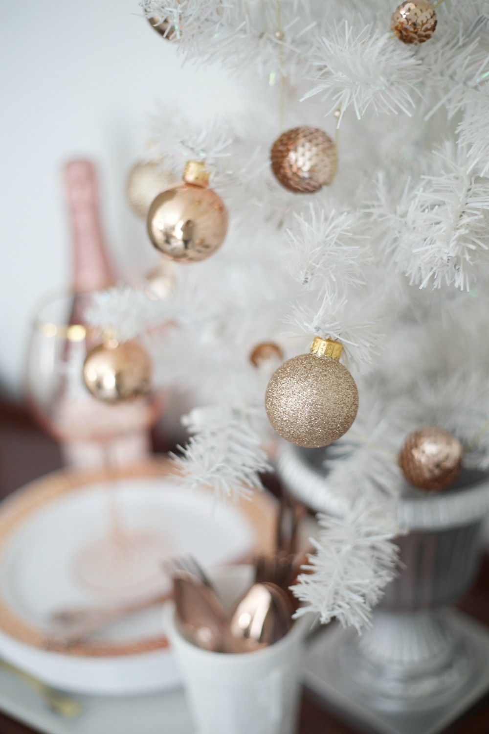 Rose Gold And White Christmas Tree
